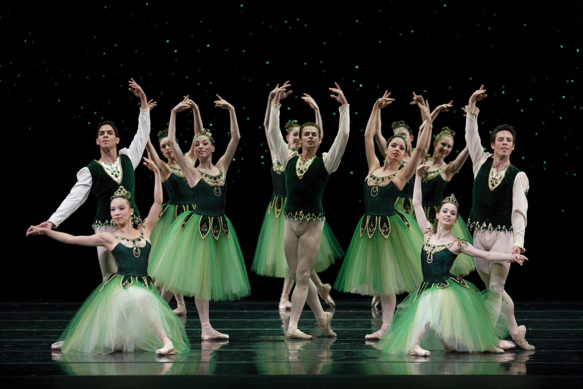 San Francisco Ballet in Balanchine's Emeralds. (Choreography by George Balanchine © The Balanchine Trust; Photo © Erik Tomasson)