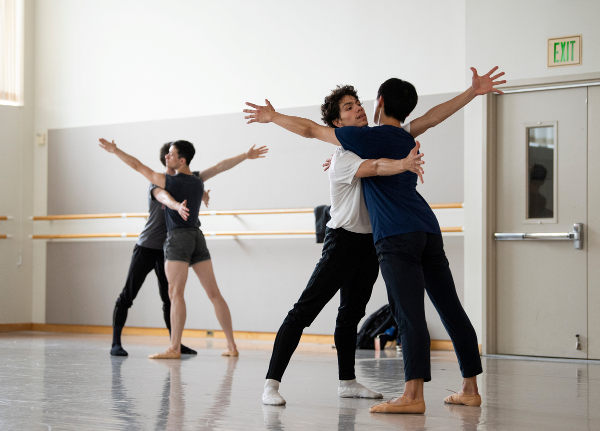 San Francisco Ballet rehearse McIntyre's The Big Hunger. (© Erik Tomasson)