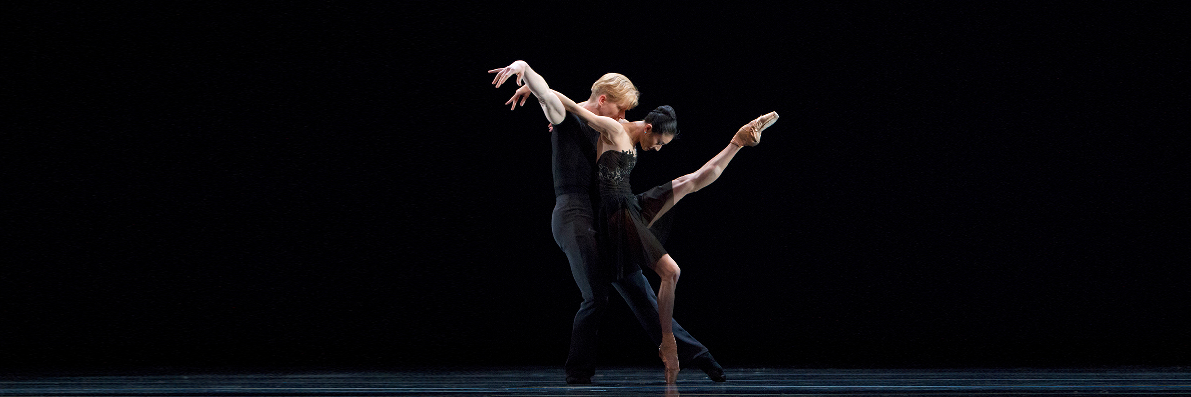 Yuan Yuan Tan And Tiit Helimets in Tomasson's 7 For Eight. (© Chris Hardy)