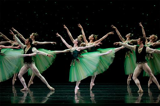 San Francisco Ballet in Balanchine's Emeralds. (Choreography by George Balanchine © The Balanchine Trust; Photo © Erik Tomasson)