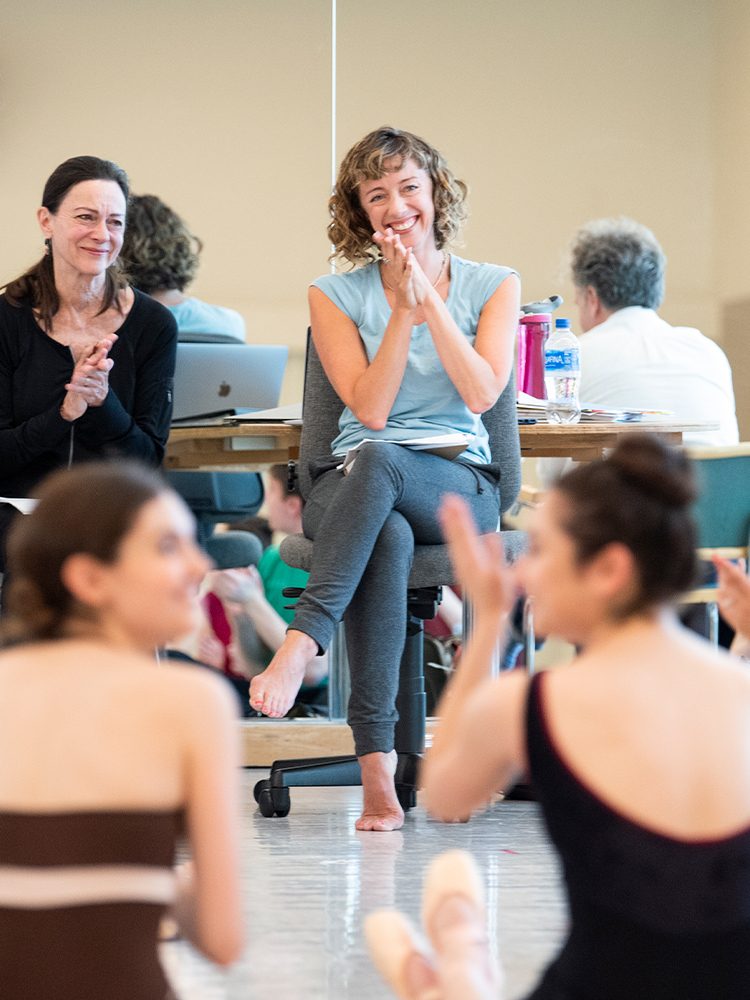 Rehearsal for Cathy Marston's new work // © Erik Tomasson