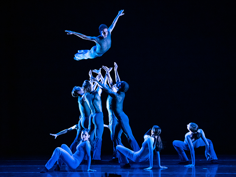 San Francisco Ballet School Students in Edwards' Constant Search // © Lindsay Thomas