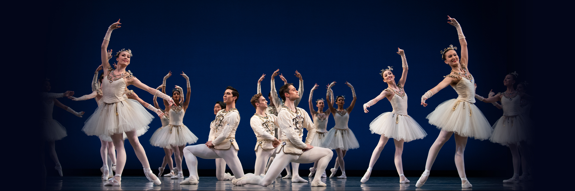 San Francisco Ballet in the finale from Balanchine's Diamonds // Choreography by George Balanchine © The Balanchine Trust; Photo © Erik Tomasson