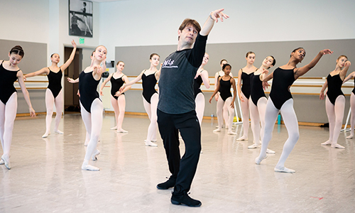 SF Ballet School Director Patrick Armand leading class.
