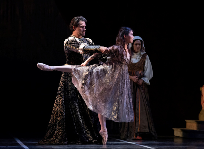 Misa Kuranaga and Ricardo Bustamante in Tomasson's Romeo & Juliet // © Erik Tomasson