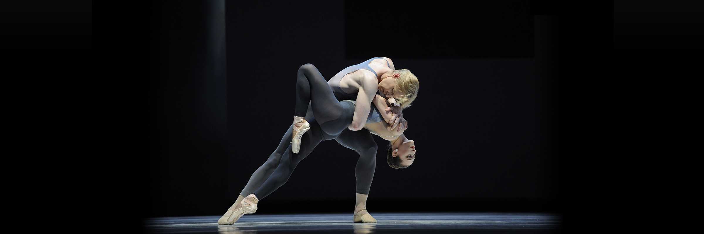 Sarah Van Patten and Tiit Helimets in Tomasson's The Fifth Season. (© Erik Tomasson)