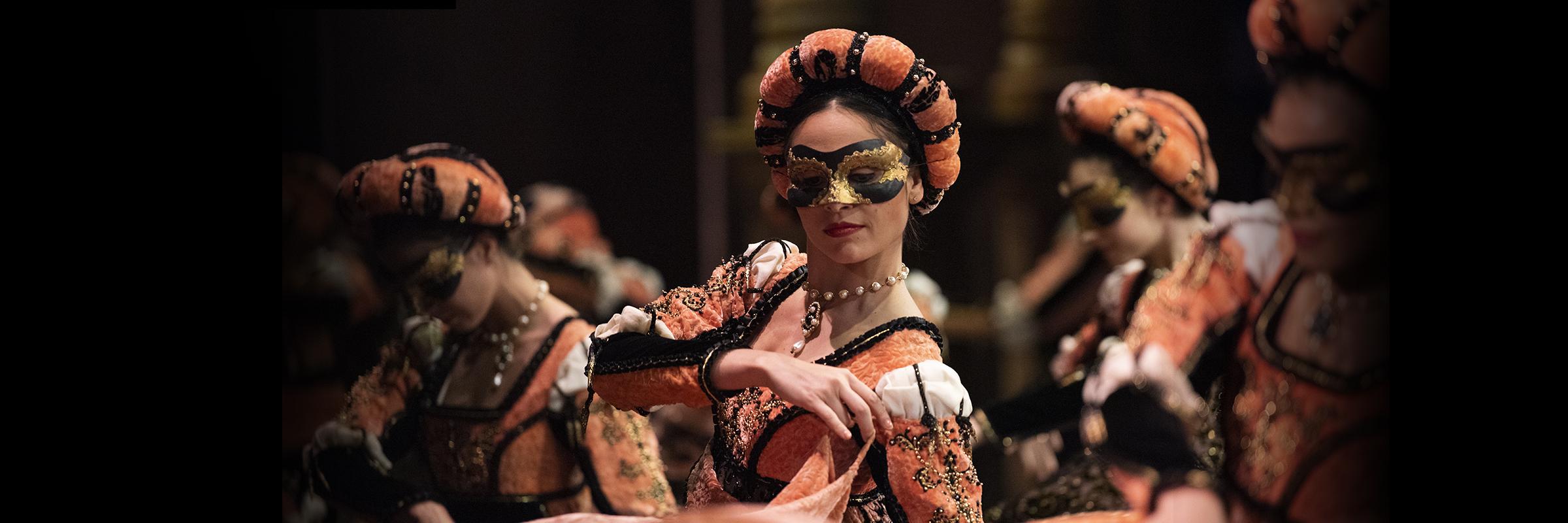 Ludmila Bizalion in Tomasson's Romeo & Juliet // © Erik Tomasson