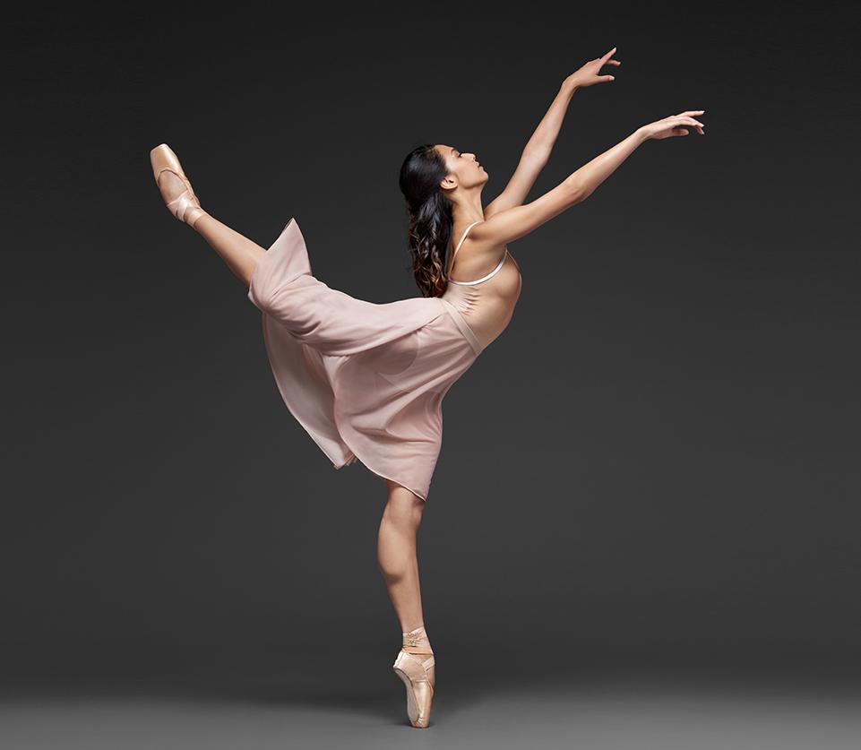 такого позы балерин для фотосессий оттенками косметического средства