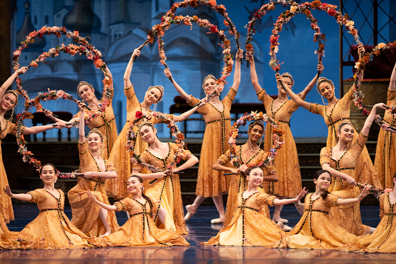 San Francisco Ballet in Tomasson's The Sleeping Beauty. (© Erik Tomasson)