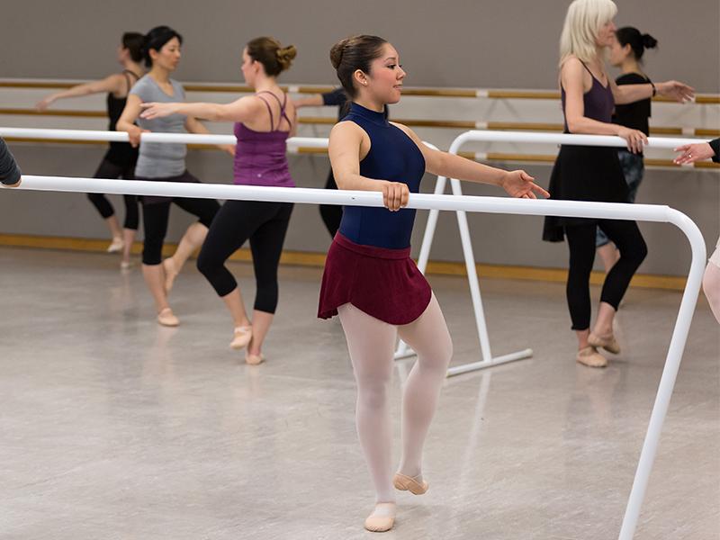 Adult Ballet Class. (© Chris Hardy)
