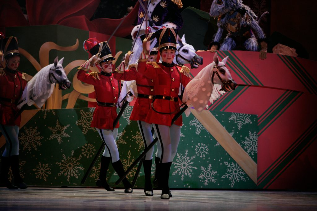 San Francisco Ballet School students as artillery in Tomasson's Nutcracker. (© Erik Tomasson)